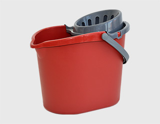 420 - Mop bucket with a sieve