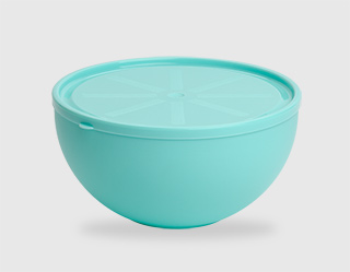 562 - Bowl with lid